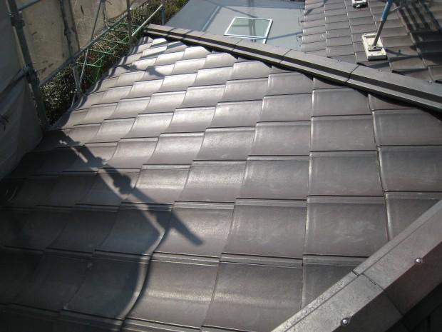 神戸市北区 和瓦→軽量セメント瓦 屋根リフォーム工事 屋根張り替え後の写真