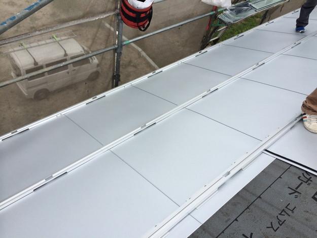 1太陽光ソーラーパネル設置風景A