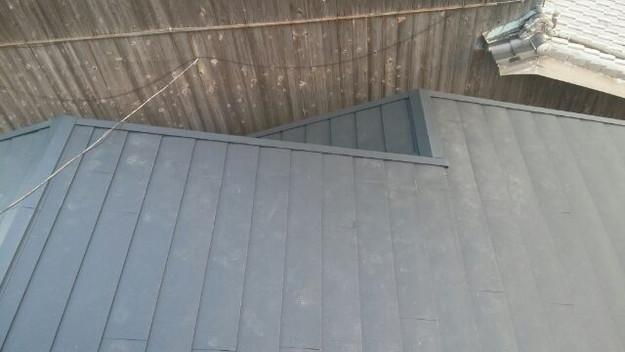 1423483527763屋根リフォーム工事葺き替え作業完成