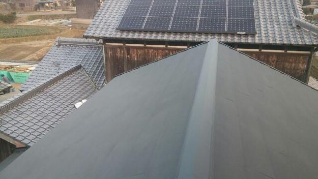 1423483695799屋根リフォーム工事葺き替え作業完成