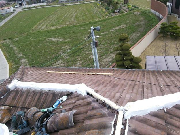 1427102360848屋根棟瓦設置前作業
