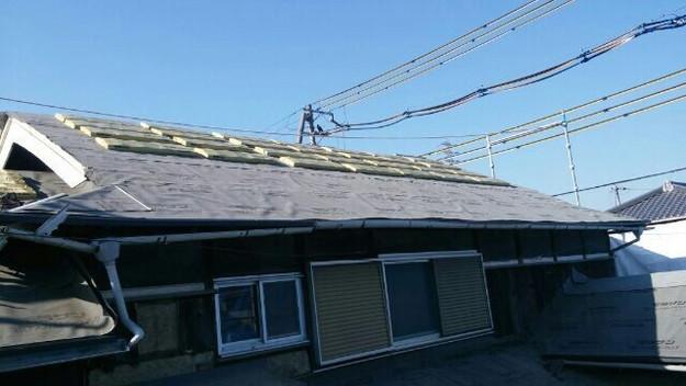 1427521719663新設屋根材取付作業