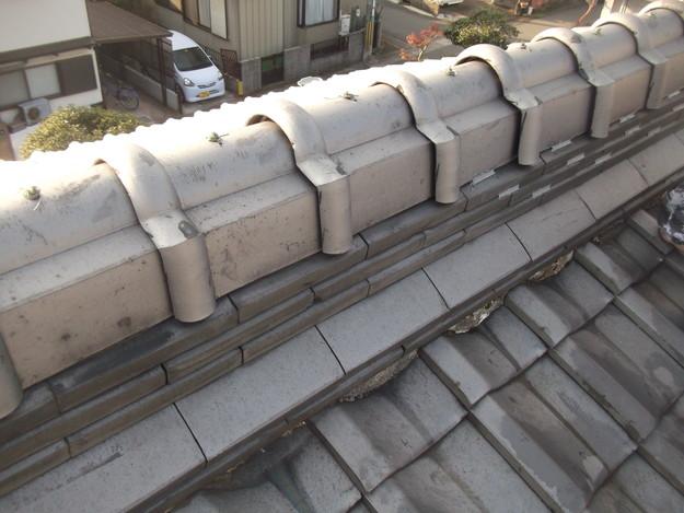 屋根修理 ラバーロック工法による瓦の補強工事 加古川市 施工前