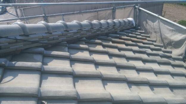 台風対策瓦のズレ防止ラバーロック工法屋根工事1433247947744