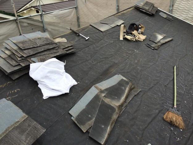 屋根修理工事既存カラーベスト撤去作業1429233439232