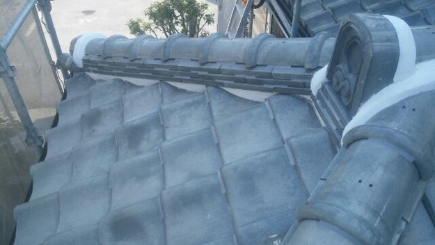 屋根修理漆喰工事完了1433247244469