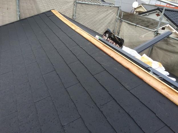 新設カラーベスト屋根材作業中1429233436767