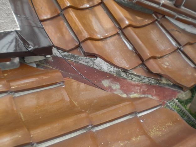 雨漏り対策工事施工前CIMG1323