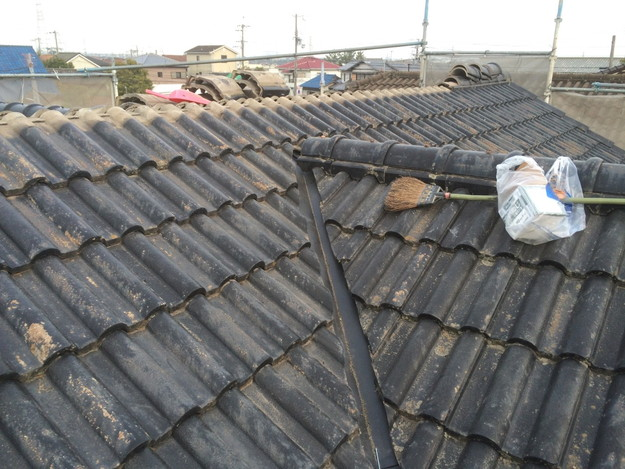 雨漏り対策谷板金交換工事1427973208085