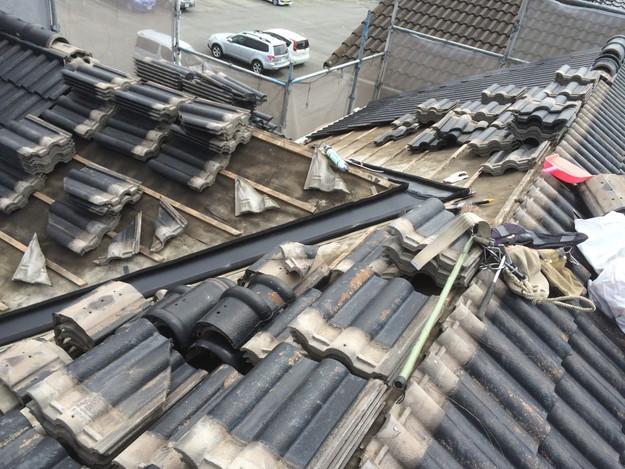 雨漏り対策谷板金交換工事1427973218718