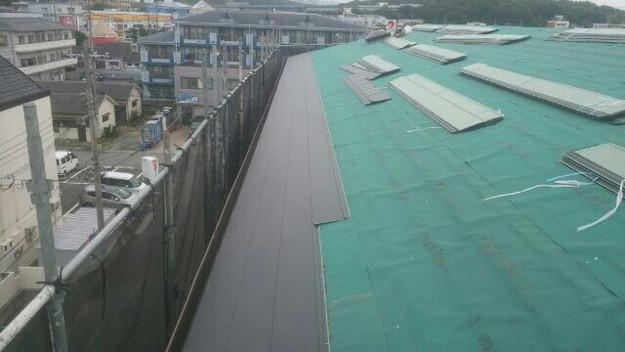 屋根リフォーム工事カバー工法ガルバリウム屋根金属製敷設1432211861753