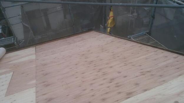 屋根リフォーム工事屋根補強作業1430742588105