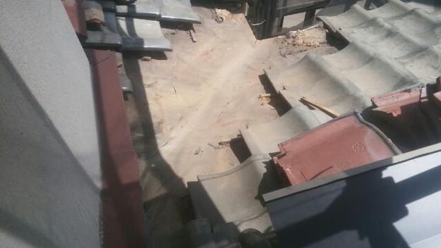 屋根修理の様子1433248005364