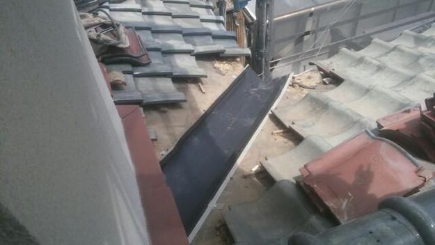 屋根修理板金部の様子1433247981418