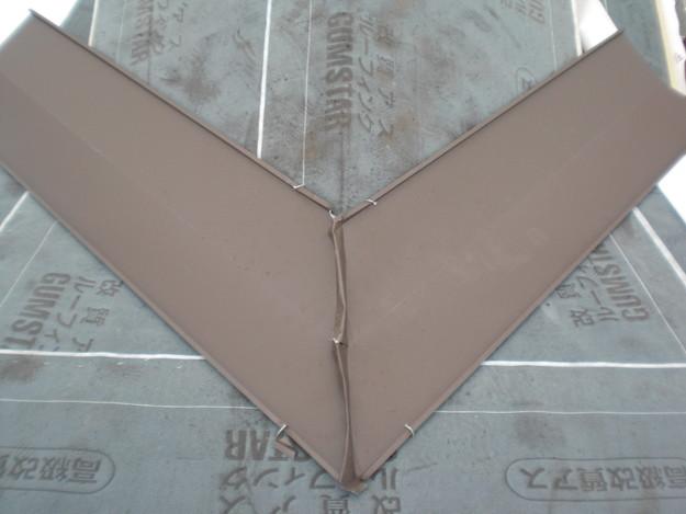新築屋根工事洋瓦スペイン瓦板金作業CIMG1302
