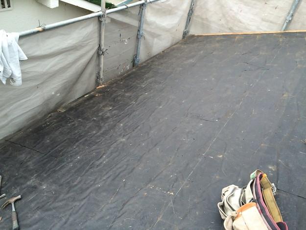 既存屋根撤去作業1429233375287