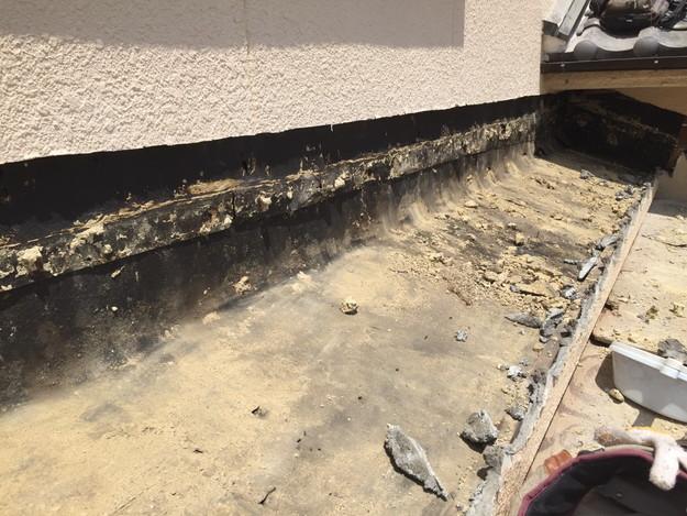 雨漏り修理工事中写真1432895587286