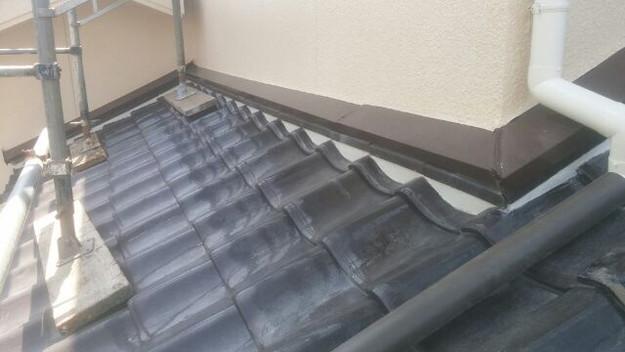 雨漏り対策壁際漆喰工事1433678503021