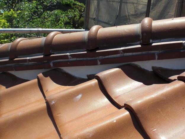 雨漏り対策工事施工後上屋根漆喰箇所CIMG1337