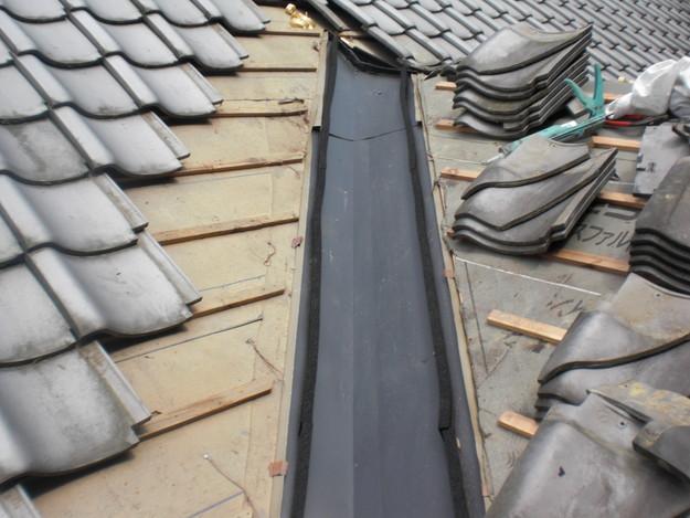 お寺の屋根工事谷板金部CIMG1458