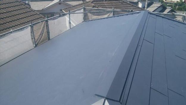 カバー工法による屋根のリフォーム工事完了写真1438572072584