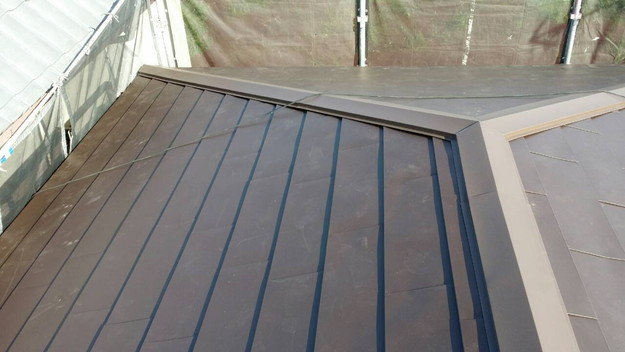 カバー工法による屋根リフォーム工事完了写真1439090671002