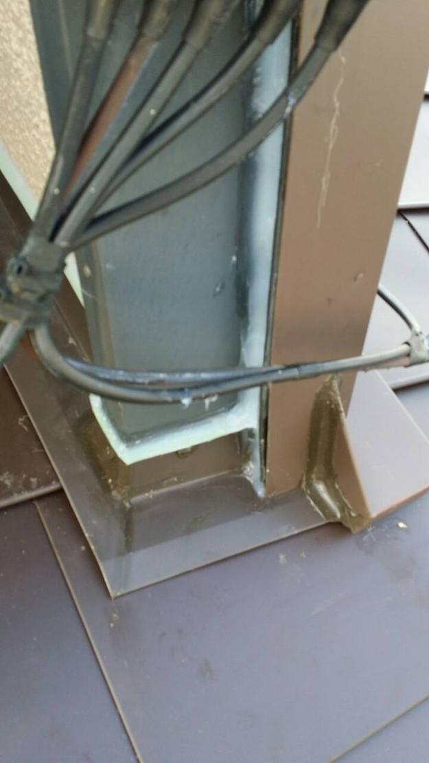 カバー工法による屋根リフォーム工事完了写真1439090703803