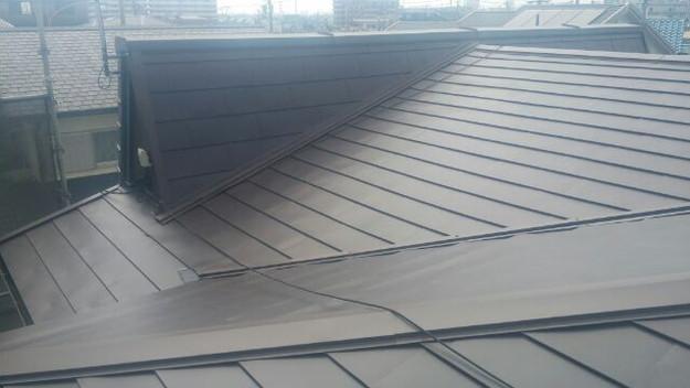 カバー工法による屋根リフォーム工事完了写真1439092166348