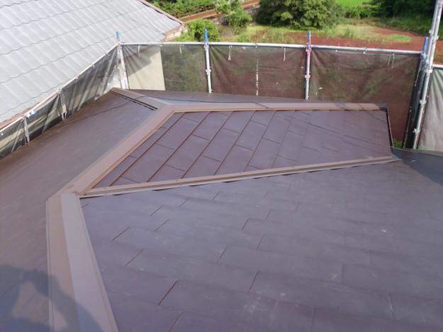 カバー工法による屋根リフォーム工事完了写真DSCI0116