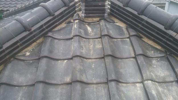 屋根漆喰施工中1435367732193