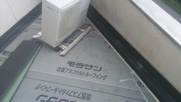 屋根防水シート敷設中1439092791130