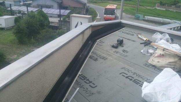 屋根防水シート敷設中1439092798440