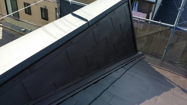 カバー工法による屋根リフォーム工事完了写真1439090674138