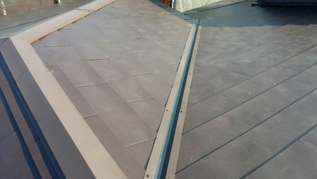 カバー工法による屋根リフォーム工事完了写真1439090679632