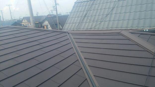 カバー工法による屋根リフォーム工事完了写真1439092084908