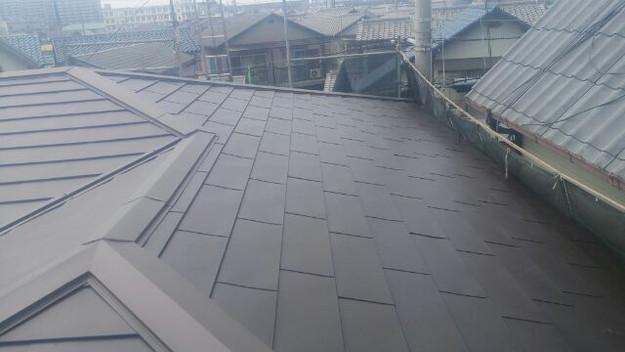 カバー工法による屋根リフォーム工事完了写真1439092173666