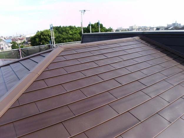 カバー工法による屋根リフォーム工事完了写真DSCI0104