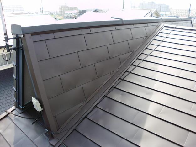 カバー工法による屋根リフォーム工事完了写真DSCI0114
