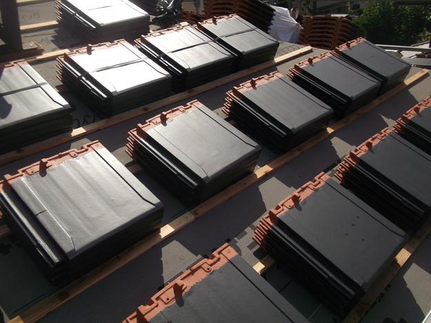 屋根のリフォーム新設瓦設置中DSCF2039