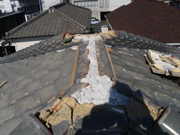 屋根漆喰交換作業中DSCI0333