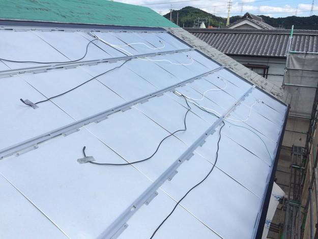 新築屋根工事と太陽光ソーラーパネル設置工事1443837687776