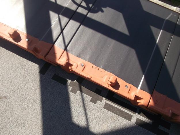 屋根のリフォーム新設瓦設置中DSCF2046