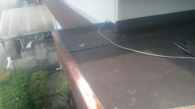 屋根板金張り1441446334025