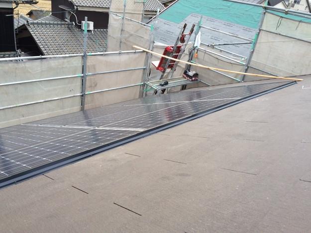 新築屋根工事と太陽光ソーラーパネル設置工事1443837714386