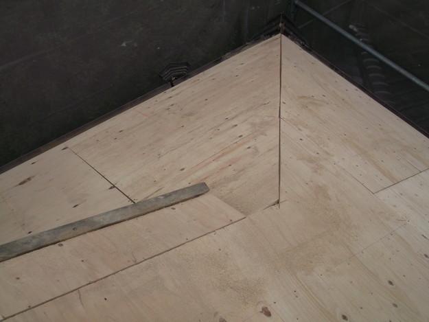 屋根下地材張りDSCF1930
