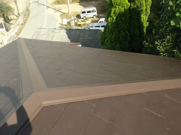 カバー工法ガルバリウム屋根葺き替え工事DSCF2324
