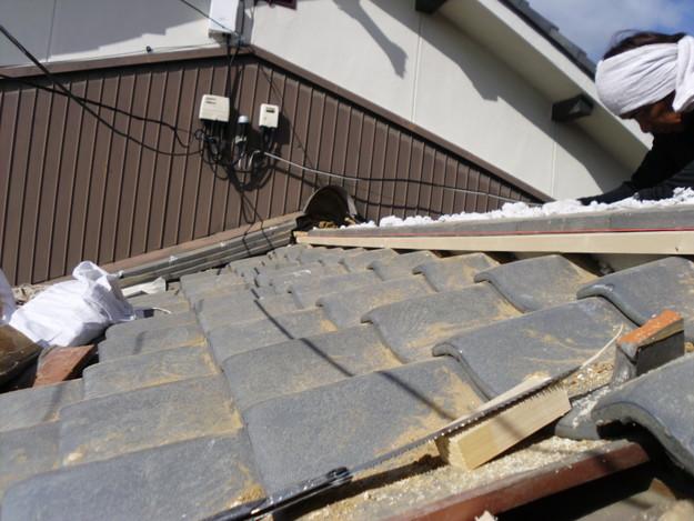 7雨漏り対策修理施工中DSCI0570