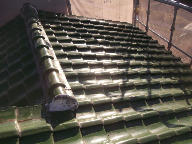 和瓦からカラーベストの屋根リフォーム工事施工前DSCF2529