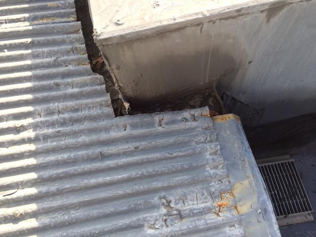 屋根のリフォームカバー工法工事施工前1450663558058