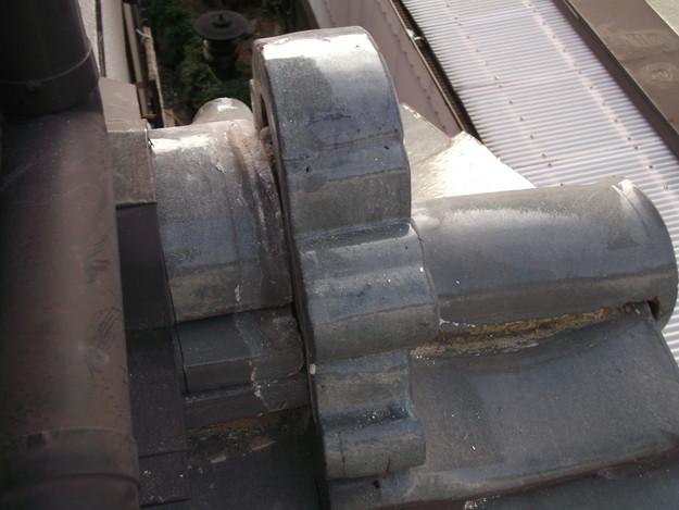 屋根漆喰工事ビフォーDSCF2340